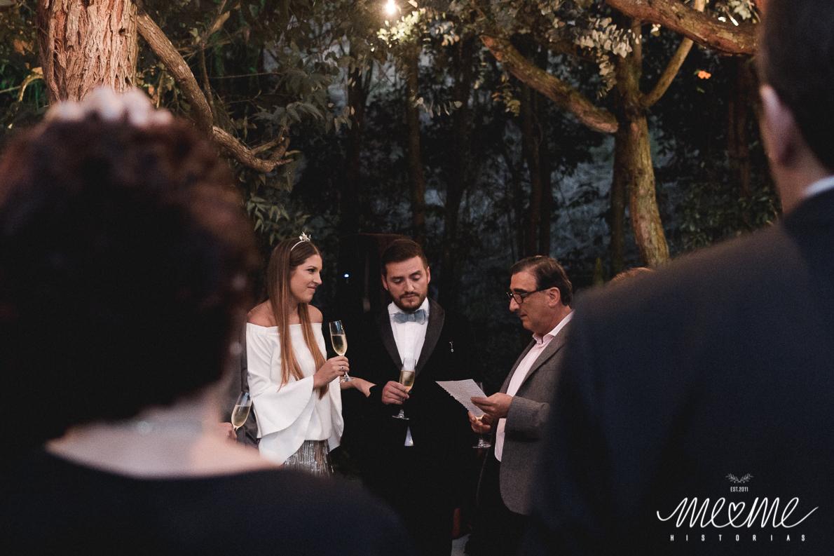 Meme Historias - El civil de Manue & Mauro